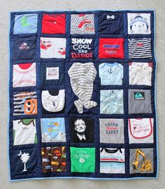 Baby clothes memory quilt on Etsy by Sweet Melissa Sewing | #memoryquilt #babyclothesquilt #firstyearquilt