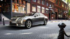 E-Class Sedan: E350, E350 BlueTEC, E550, E63 AMG Photo & Video Gallery | Mercedes-Benz