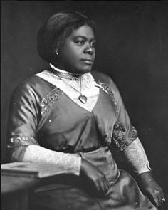Mary McLeod Bethune, Educator and Civil Rights Activist. Division of Library and Information Services. Black History Month: Resources for Strudents and Educators Today In History, Black History Month, Women In History, Mary Mcleod Bethune, African Diaspora, African American Women, African Americans, African American History, British History