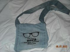 DIY jeans refashion: DIY Blue Jean Purse
