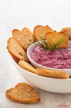 Recipe Beet Tzatziki | Rezept für rote Bete Tzatziki | Dip und Soße zugleich ist dieses Rote Bete Tzatziki. Ihr müsst das Rezept unbedingt ausprobieren! | http://herzelieb.de