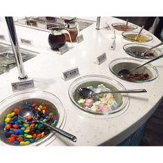 "@changyyu's photo: ""現在食物都流行自助免服務員省成本 #yogurtart"""