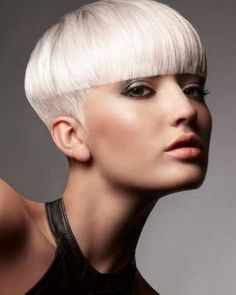 short hair style for women -- straight across bangs with short hair are not for the faint of heart. badass nonetheless. #shorthair #bangs