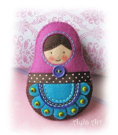 Flickr Diy Arts And Crafts, Felt Crafts, Handmade Stuffed Animals, Needle Felting Tutorials, Matryoshka Doll, Felt Decorations, Felt Patterns, Christmas Embroidery, Felt Toys