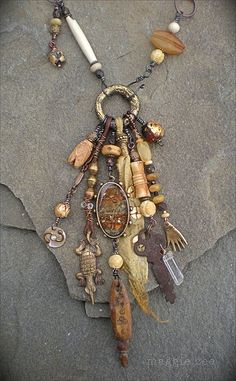 A Nomad's Jewelry Amulet Necklace from Etsy Shop maggiezees Tribal Jewelry, Wire Jewelry, Boho Jewelry, Jewelry Crafts, Jewelry Art, Beaded Jewelry, Jewelry Design, Jewellery, Fashion Jewelry
