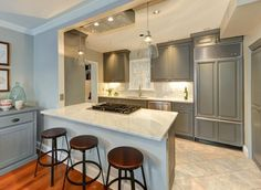 57 Beautiful Small Kitchen Ideas (Pictures) Contemporary kitchen with marble peninsula and gray cabinets Open Galley Kitchen, Small Galley Kitchens, Galley Kitchen Design, Galley Kitchen Remodel, Home Kitchens, Kitchen Remodeling, Large Kitchen Renovation, Modern Small Kitchen Design, Kitchen Pass