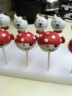 Puppies and pirate cake pops