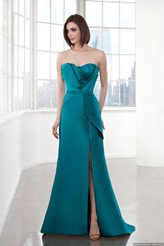¡Fashion emergency! ¿Tienes una boda y no sabes qué vestir? La versatilidad del color, el glamur de las lentejuelas, la sensualidad del encaje... Sé la invitada perfecta con estas tendencias en vestidos para fiesta. Sentirás amor ¡a primera vista!