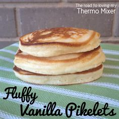 Fluffy Vanilla Pikelets - The Road to Loving My Thermo Mixer Thermomix Pancakes, Thermomix Bread, Thermomix Desserts, Baby Food Recipes, Sweet Recipes, Snack Recipes, Cooking Recipes, Healthy Recipes, Vanilla Pancakes