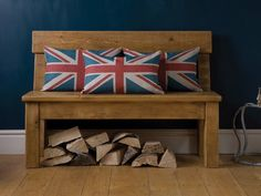 Our lovely bench adorned with @coalandwright Union jack cushions