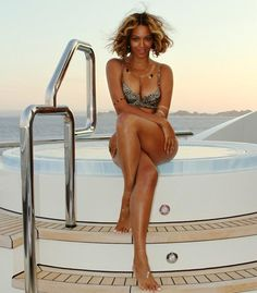 Fotos de Beyoncé & Blue na França, Confira | Beyoncé Nation