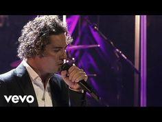 Descárgalo ya http://itunes.apple.com/es/album/una-noche-en-teatro-real-directo/id500035365 Para más información, visita: www.Davidbisbal.com Music video by ...