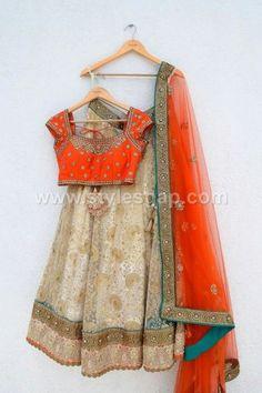 Off white lehenga with orange kundan blouse, great for Indian Wedding Sangeet, Indian Wedding Mehndi via Orange Lehenga, Indian Lehenga, Indian Gowns, Indian Attire, Lehenga Choli, Indian Wear, Indian Style, Floral Lehenga, Bridal Lehenga