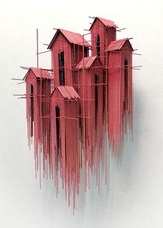 De grens tussen 2 en 3 dimensies vervaagt als je naar het werk van de Spaanse kunstenaar David Moreno kijkt. Zijn sculpturen zijn driedimensionaal maar lijken van een afstand op tekeningen.