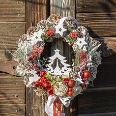 Hydrangea / Vianočný veniec so stromčekom 4th Of July Wreath, Advent, Christmas Wreaths, Holiday Decor