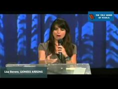 ▶ Lisa Bevere, Lioness Arising - YouTube