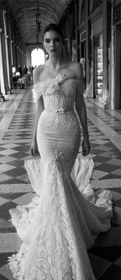 Wedding Dress: Inbal Dror 2015