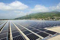 Primeras instalaciones parciales de la planta de energía solar más grande de Suiza conectada a la red