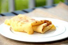 Her er de bedste, men nemme pandekager, du nogensinde har smagt. Pandekagerne er fantastiske med sukker, syltetøj eller en klat vaniljeis. Nemme pandekager, som samtidig smager helt vidunderlige. P…