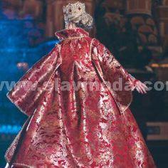 Русская красавица на Красной площади