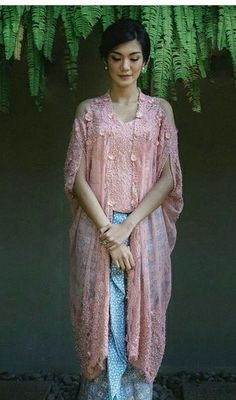 51 Trendy Fashion Dresses Hijab Classy - - 51 Trendy Fashion Dresses Hijab Classy Source by Kebaya Lace, Kebaya Brokat, Kebaya Dress, Batik Kebaya, Kebaya Hijab, Dress Pesta, Trendy Dresses, Nice Dresses, Casual Dresses