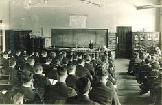 How to Be a Gentleman Scholar: Classroom Etiquette for the College Man (via R Taylor of Manliness) Chemistry Lecture, Iowa University, Chemistry Classroom, High School Curriculum, Art Of Manliness, Etiquette, Gentleman, College, Education