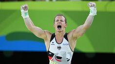 Der deutsche Turner Fabian Hambüchen jubelt