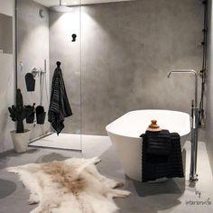 """26 likerklikk, 3 kommentarer – Deco Design AS (@decodesignas) på Instagram: """"@interiorwife har det nydeligste badet med #mikrosement Og så er hun så flink til å style det😊 VI…"""" Laundry In Bathroom, Bathtub, House Design, Interior Design, Bathroom Ideas, Palace, Home Decor, Architecture, Instagram"""