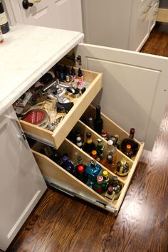 Pull-out bar drawers