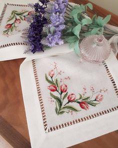 Huzurlu aksamlar ���� �� #çiçek #haftasonu #haftasonukeyfi #manzara #keyif #huzur #kanaviçe#doğa#tatil#kanevice#etamin#hobi#kanavice #model #sablon#çeyiz#carpiisi #seccade#seccadetakımı#havlu#runner#yenigelin#kasnakisi #mutfak#mutfakmasası#kahve #homesweethome #elişi#masaörtüsü#rokoko http://turkrazzi.com/ipost/1520507366515339743/?code=BUZ7WTTgvHf