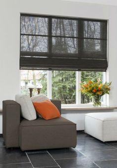 Curtain color ideas for the living room, kitchen and bedroom. Bold and bright colorful modern curtains. Different pattern ideas. Roman Curtains, Modern Curtains, Colorful Curtains, Curtains With Blinds, Modern Blinds, Modern Window Treatments, Window Treatments Living Room, Living Room Windows, Kitchens And Bedrooms