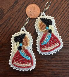 Beaded earrings Beaded Earrings Native, Beaded Earrings Patterns, Native Beadwork, Native American Beadwork, Bead Earrings, Beading Patterns, Beadwork Designs, Beading Projects, Bead Art