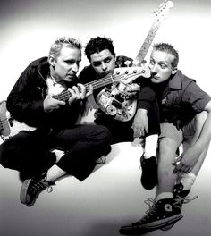 Green Day .. great pic!!!  <3