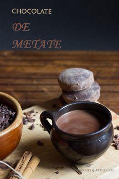 CÓMO PREPARAR UN EXQUISITO CHOCOLATE CALIENTE MEXICANO (CHOCOLATE DE METATE)