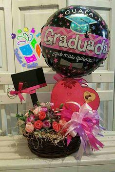 Liquor Bouquet, Candy Bouquet, Graduation Bouquet, Graduation Day, Photos Booth, Birthday Candy, Chocolate Bouquet, Graduation Decorations, Ideas Para Fiestas