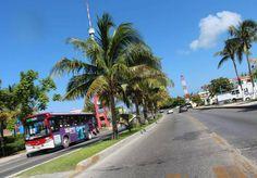 Este es el Boulevard Kukulkán que une el centro de Cancún con la Zona Hotelera. @Cancuntrvl