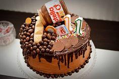tort-nutella-cu-ciocolata-3 Nutella Birthday Cake, Romanian Desserts, Cupcake Cakes, Cupcakes, Taste Buds, Sweet Treats, Food, Happenings, Amazing Cakes
