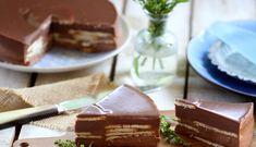 Pastel de chocolate con leche y galletas Choco Chocolate, Chocolate Desserts, Cupcakes, Cake Cookies, Baking Recipes, Dessert Recipes, Venezuelan Food, Breakfast Cake, No Bake Cake