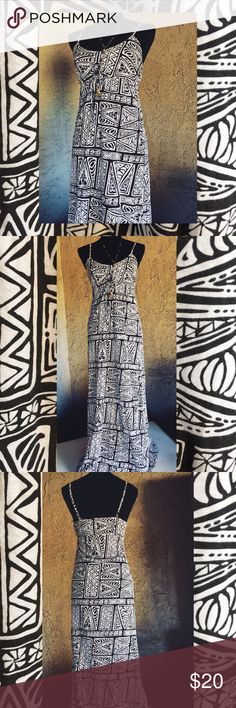 O'Neill Boho Eclectic Spaghetti Strap Dress 🌞 O'Neill Boho Eclectic Spaghetti Strap Dress 🌞 Size Med 🌞 Material Cotton 🌞 Necklace Not Included 🌞 O'Neill Dresses