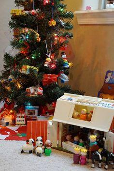 CHRISTMAS TREE~Vintage Fisher Price Christmas tree.
