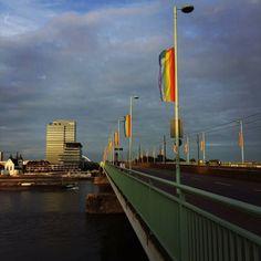 anders. Leben! #Prideflags #DeutzerBridge #Cologne #ColognePride...