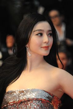 Fan Bingbing on the #Cannes2013 red carpet