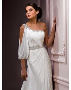 Egyptian dress - this would be a beautiful wedding dress.