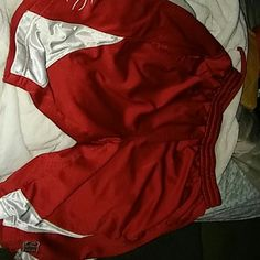 Basketball shorts**** FINAL**** Nba elevations red and white basketball shorts got mesh stuff inside and side pockets NBA Elevations Shorts