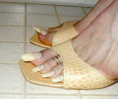 EXTREMELY LONG TOENAILS | very long toenails in african ... - photo#22