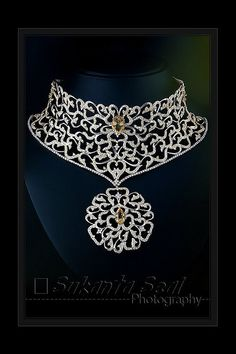 Diamond Necklaces     The Divinum Photo is a place where you can find a lot of good quality pictures. Every day, refreshing the images. http://divinumphoto.com