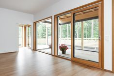 Parlan yksisäleinen Tammi Select -parketti Divider, Windows, Room, Furniture, Home Decor, Bedroom, Decoration Home, Room Decor, Rooms