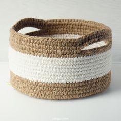 Cotton Crochet, Diy Crochet, Crochet Geek, Crochet Crafts, Crochet Stitches, Crochet Hooks, Crochet Projects, Crochet Basket Pattern, Knit Basket