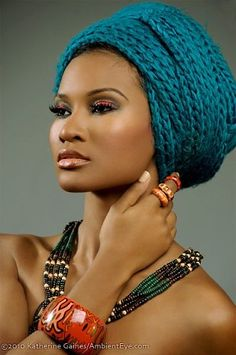 Just because my hair appears different from yours doesn't mean that you will need to pet it. These hair wraps are extremely simple to use with and it only requires a couple of minutes to set … African American Makeup, African Beauty, African Fashion, African Style, Nigerian Fashion, Ghanaian Fashion, African Art, My Black Is Beautiful, Beautiful Women