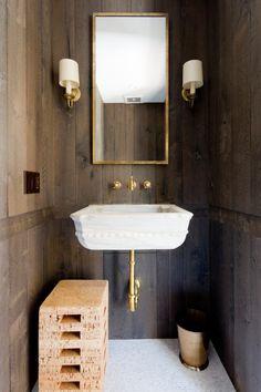 Farmhouse Vanity, Rustic Vanity, Wooden Vanity, Rustic Bathrooms, Chic Bathrooms, Reclaimed Wood Vanity, Lodge Bathroom, Glass Shower Enclosures, Room Screen